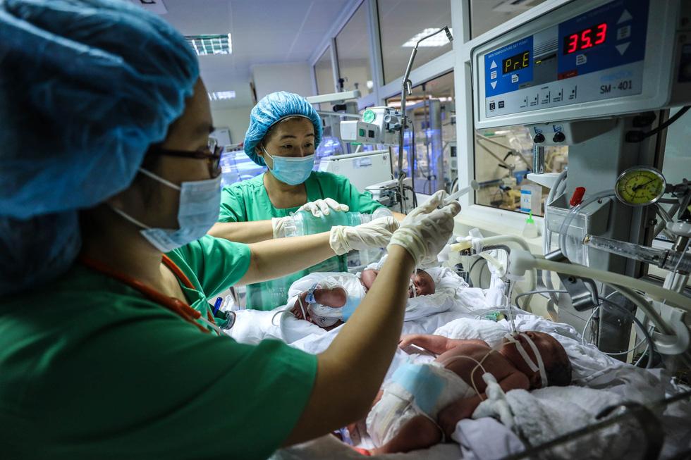 Tận tụy những người mẹ chăm trẻ sinh non - Ảnh 4.