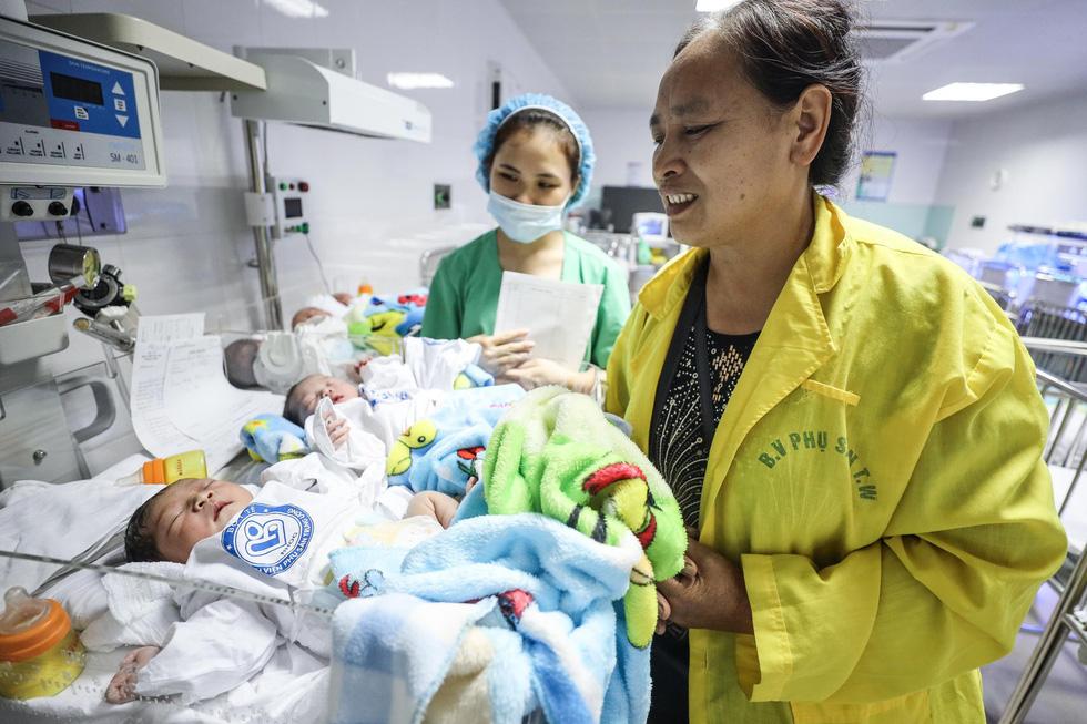 Tận tụy những người mẹ chăm trẻ sinh non - Ảnh 7.