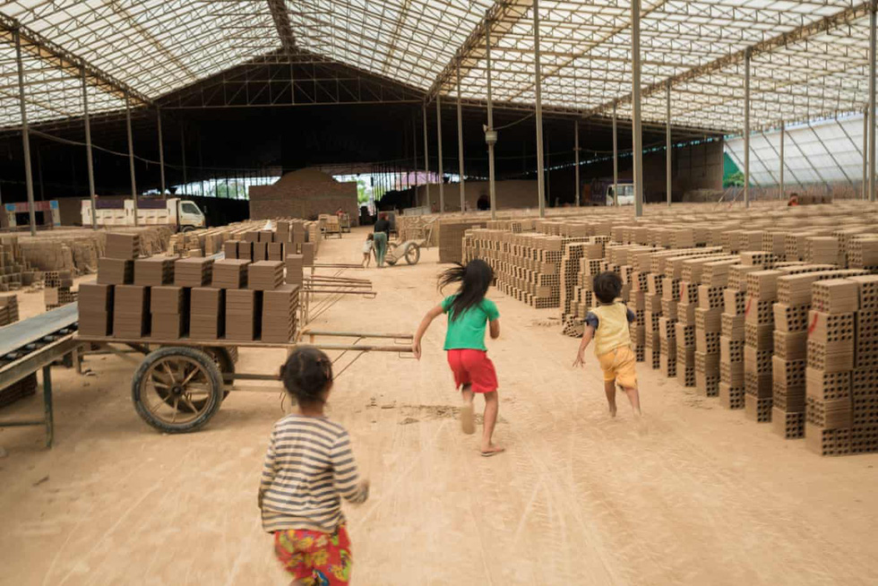 Gạch máu ở Campuchia - Ảnh 11.