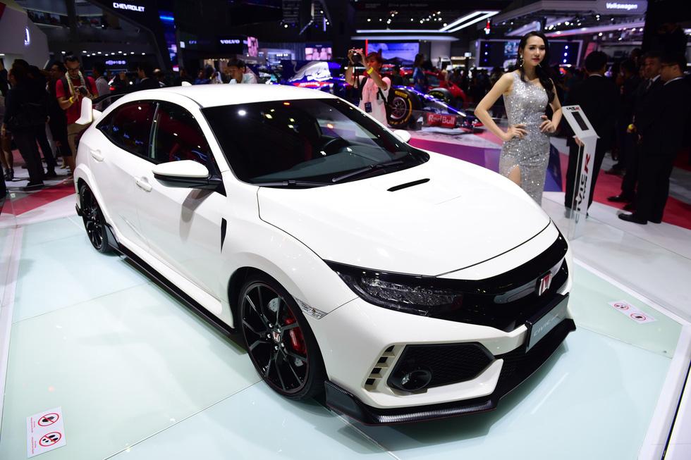 Điểm mặt những dòng xe đỉnh tại Vietnam Motor Show 2018 - Ảnh 12.