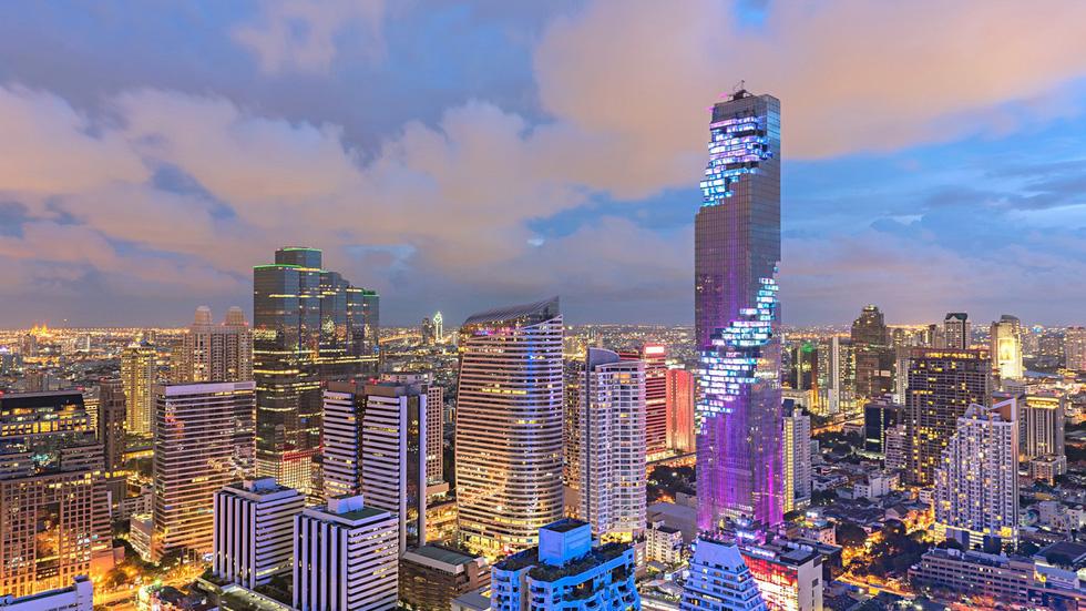 Sathorn Unique Tower - Tòa tháp 'ma' bị lãng quên ở Bangkok - Ảnh 1.
