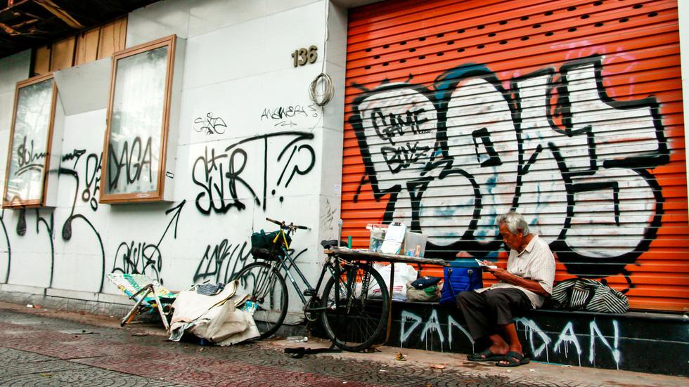Tranh tường, graffiti và... bôi bẩn đường phố - Ảnh 13.