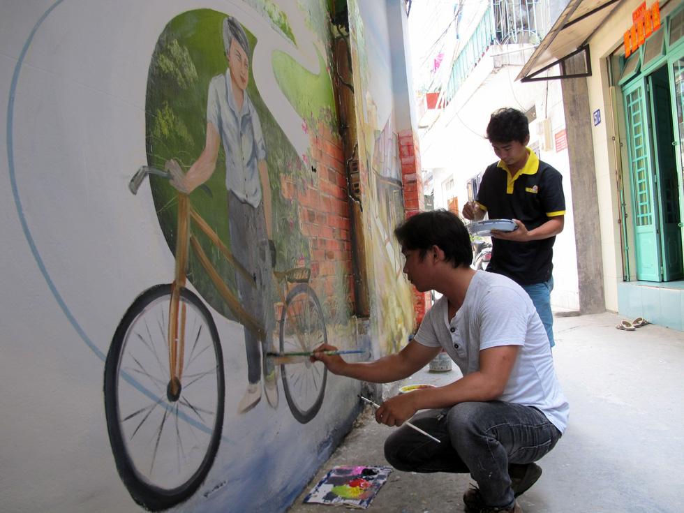 Tranh tường, graffiti và... bôi bẩn đường phố - Ảnh 4.