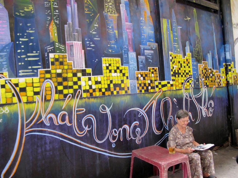 Tranh tường, graffiti và... bôi bẩn đường phố - Ảnh 1.