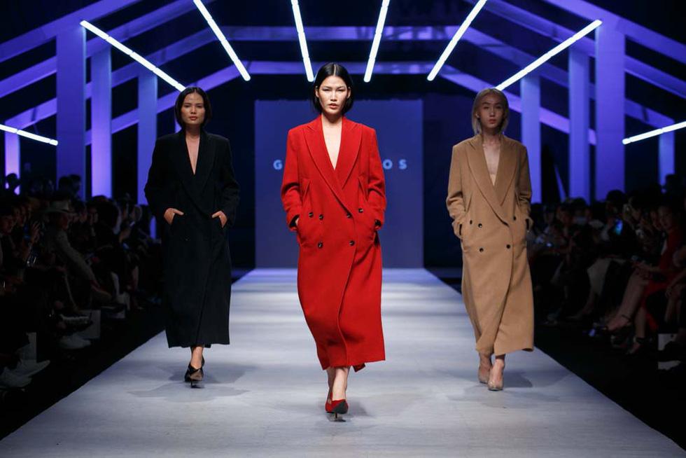 Lan Khuê, Lệ Nam mở màn Tuần lễ thời trang quốc tế Việt Nam - Ảnh 11.