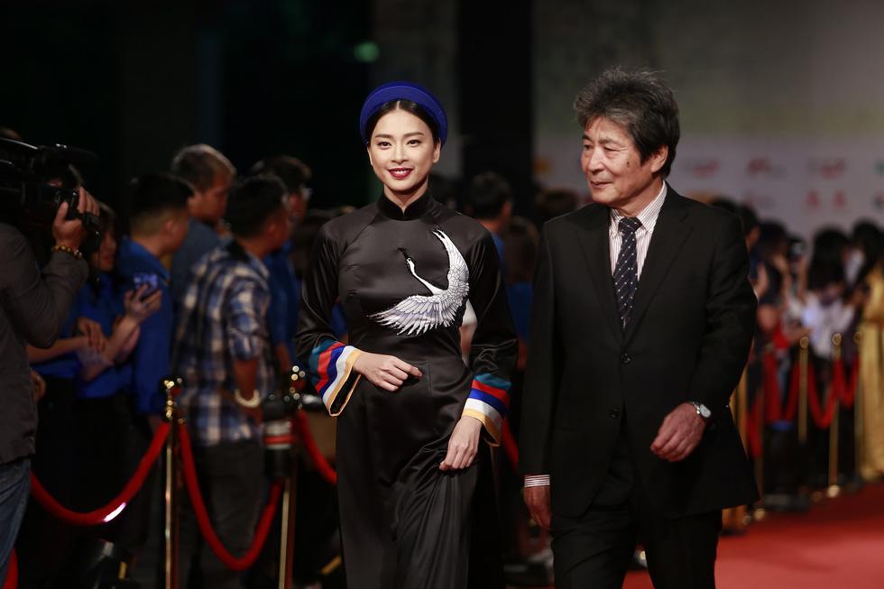 Gặp Như Quỳnh, Lê Khanh, Hải Yến, Ngô Thanh Vân trên thảm đỏ HANIFF - Ảnh 6.
