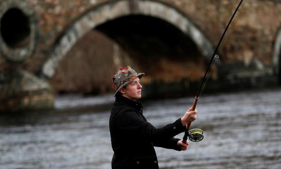 Đi Scotland câu cá hồi, nhậu whisky - Ảnh 11.