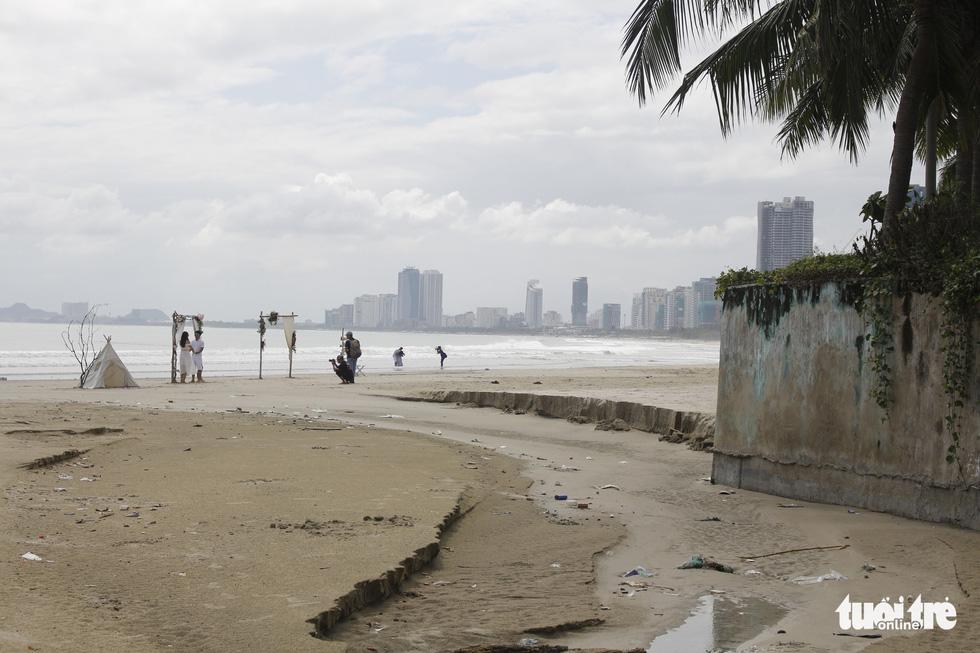 49 cửa xả - nỗi ám ảnh các bãi biển Đà Nẵng - Ảnh 6.