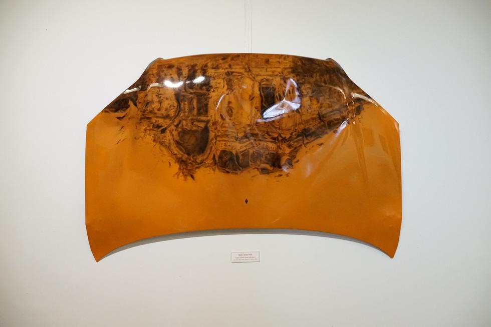 Có gì ở triển lãm tranh hiện thực đang thu hút khách tham quan Sài Gòn? - Ảnh 6.