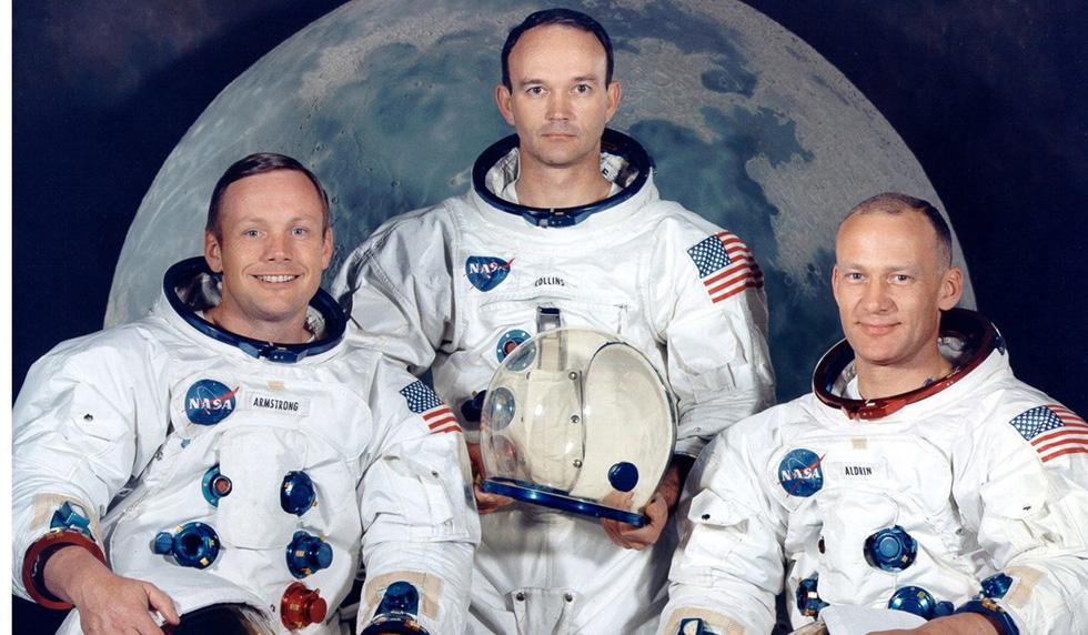 Neil Armstrong vứt phân trên mặt trăng và những chuyện chưa kể - Ảnh 1.