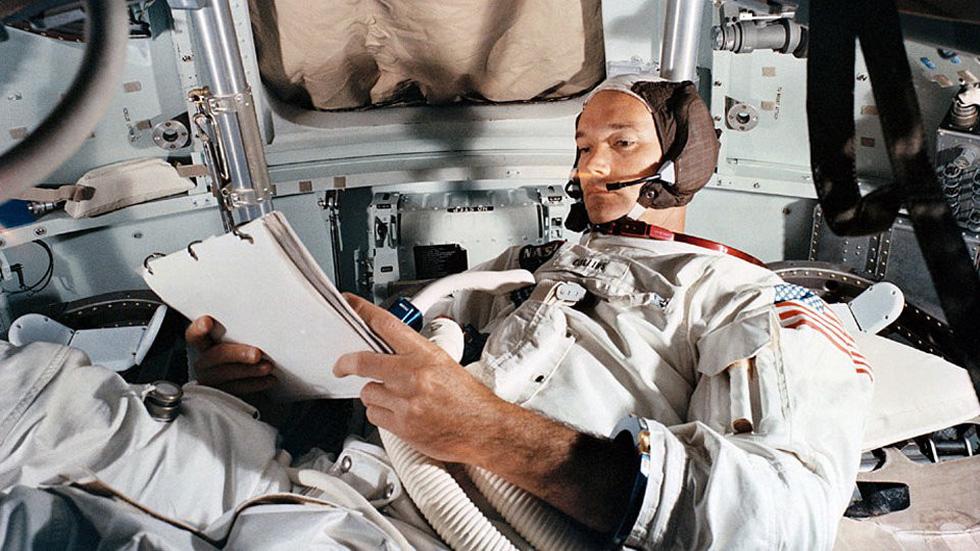 Neil Armstrong vứt phân trên mặt trăng và những chuyện chưa kể - Ảnh 8.