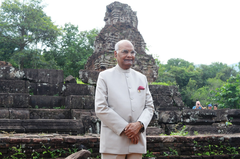 Tổng thống Ấn Độ dạo bước ở Khu di tích Mỹ Sơn - Ảnh 6.