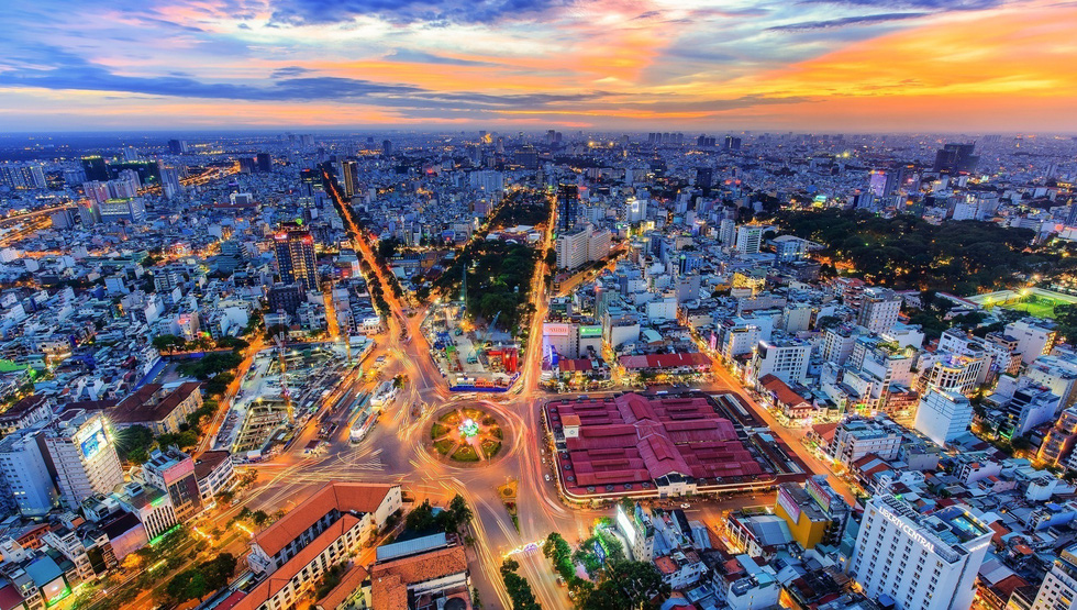Bộ ảnh Sài Gòn tuyệt đẹp chụp từ trên cao - Ảnh 1.