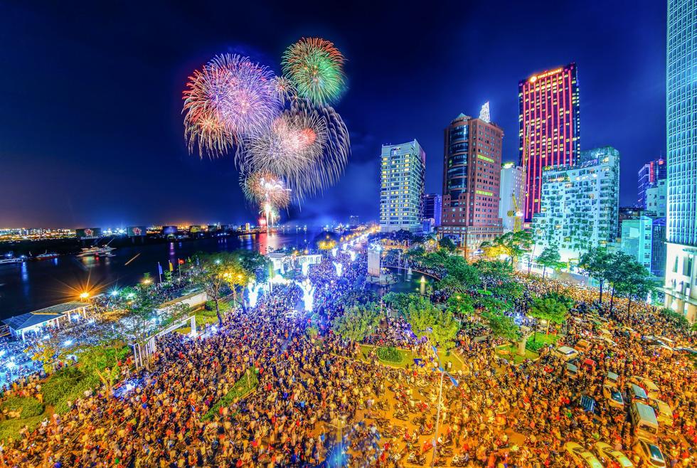 Bộ ảnh Sài Gòn tuyệt đẹp chụp từ trên cao - Ảnh 10.
