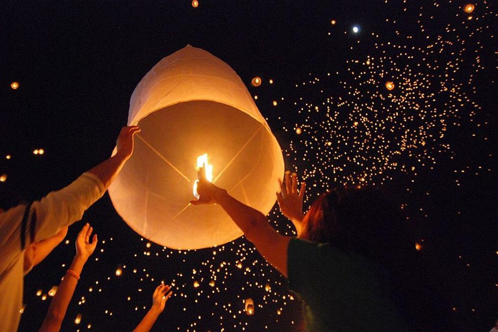 Loi Krathong - lễ hội cổ và lung linh nhất của Thái Lan - Ảnh 1.