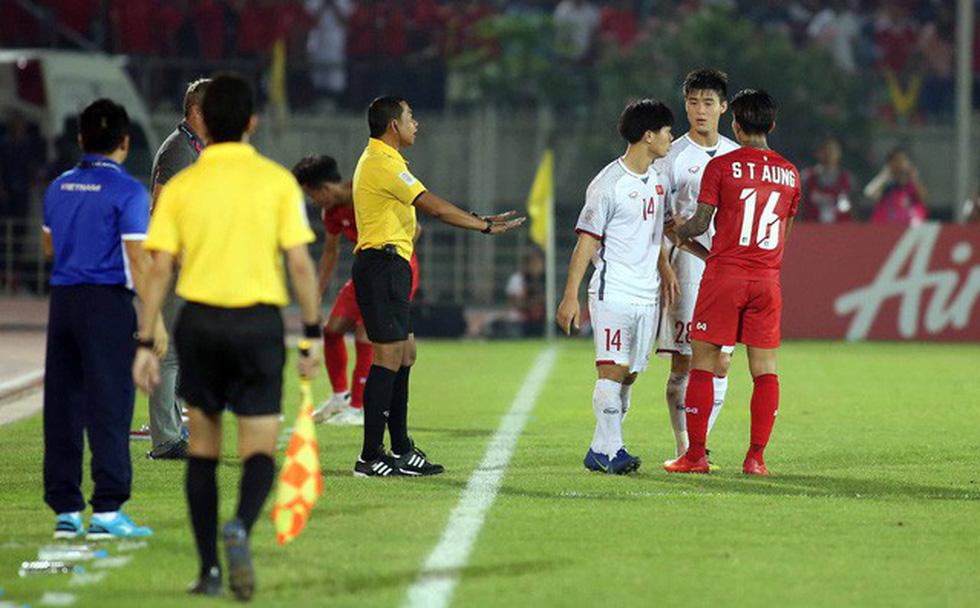 Bênh học trò, ông Park lớn tiếng tay đôi với HLV Myanmar - Ảnh 1.