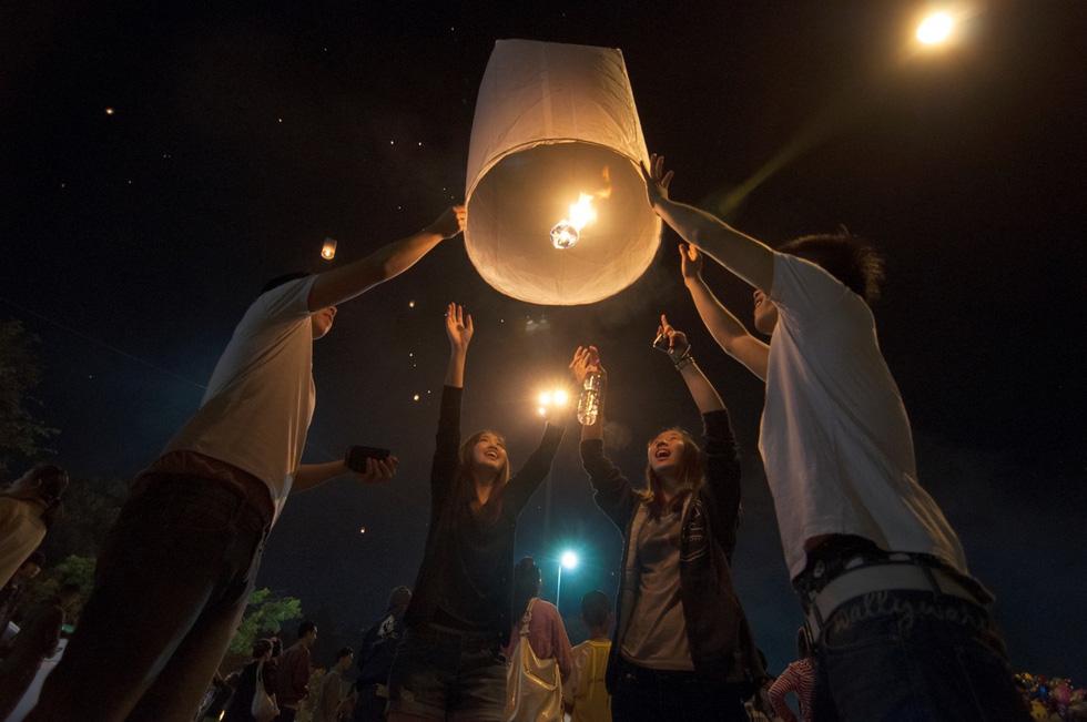 Loi Krathong - lễ hội cổ và lung linh nhất của Thái Lan - Ảnh 12.