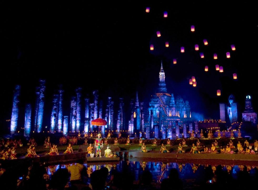 Loi Krathong - lễ hội cổ và lung linh nhất của Thái Lan - Ảnh 3.