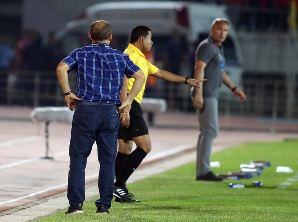 Bênh học trò, ông Park lớn tiếng tay đôi với HLV Myanmar - Ảnh 4.