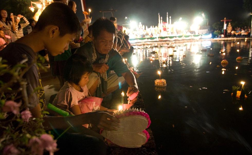 Loi Krathong - lễ hội cổ và lung linh nhất của Thái Lan - Ảnh 6.