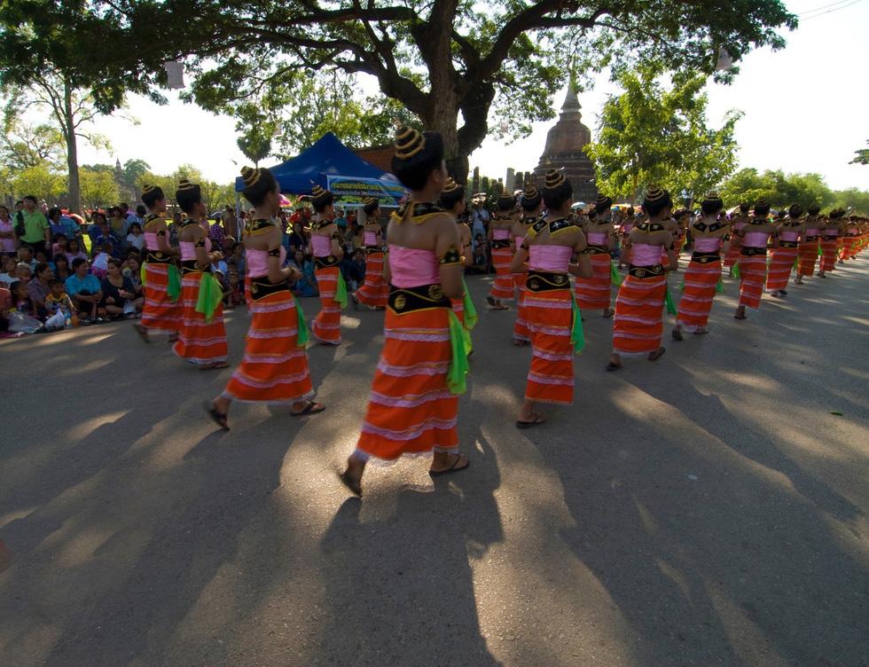 Loi Krathong - lễ hội cổ và lung linh nhất của Thái Lan - Ảnh 9.