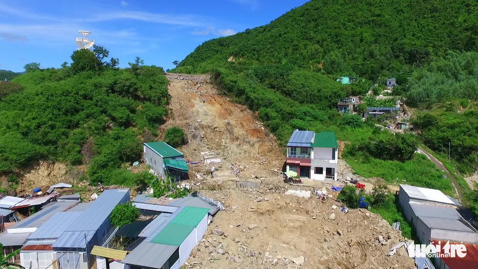 Những dự án đô thị trên đầu làm sạt lở núi ở Nha Trang? - Ảnh 6.