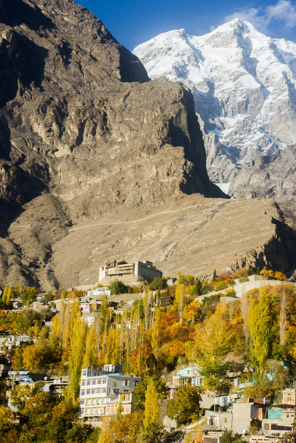 Huyền thoại mùa thu ở Hunza - miền Bắc Pakistan - Ảnh 9.