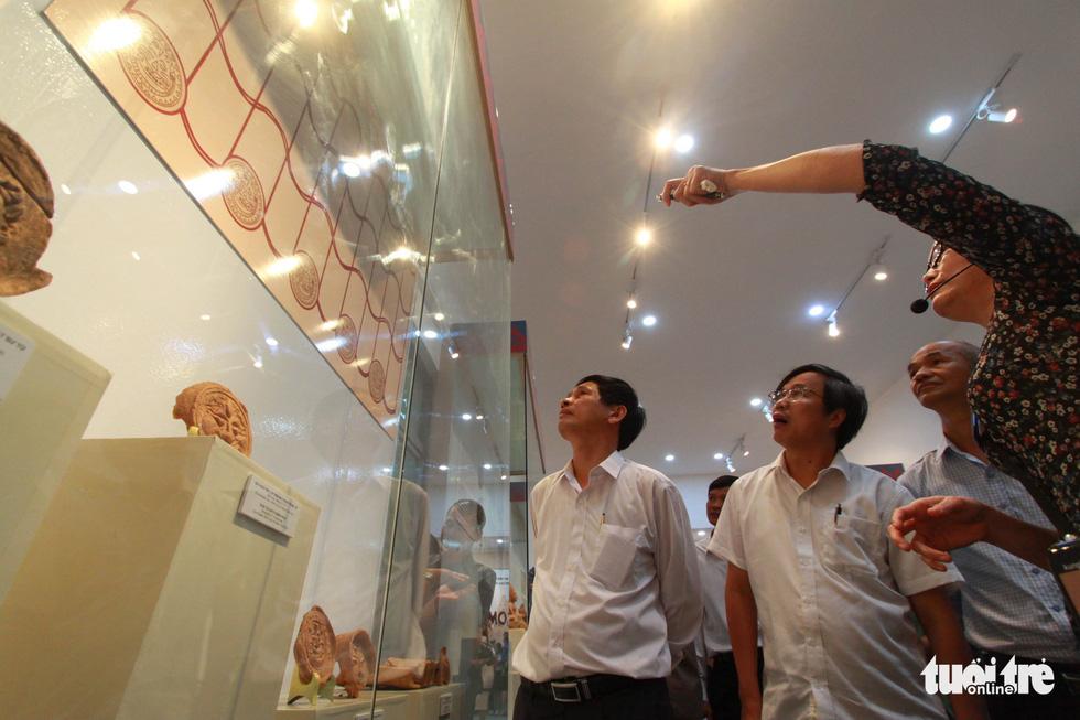 Chiêm ngưỡng vẻ đẹp gốm cổ Champa Bình Định - Ảnh 2.