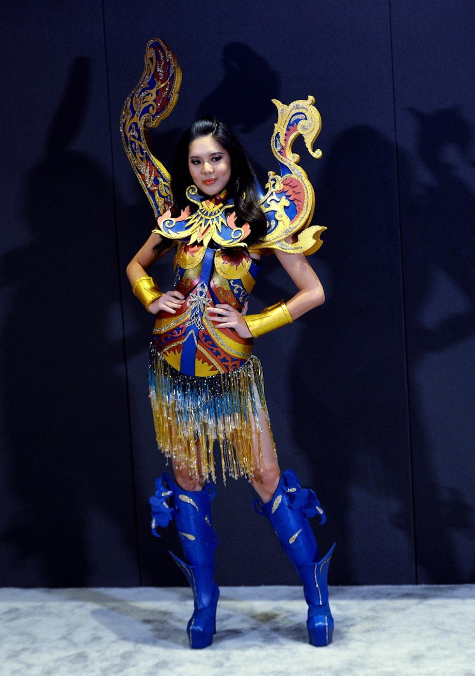 Quốc phục đại diện các nước dự Miss Universe 2018 ra sao? - Ảnh 3.