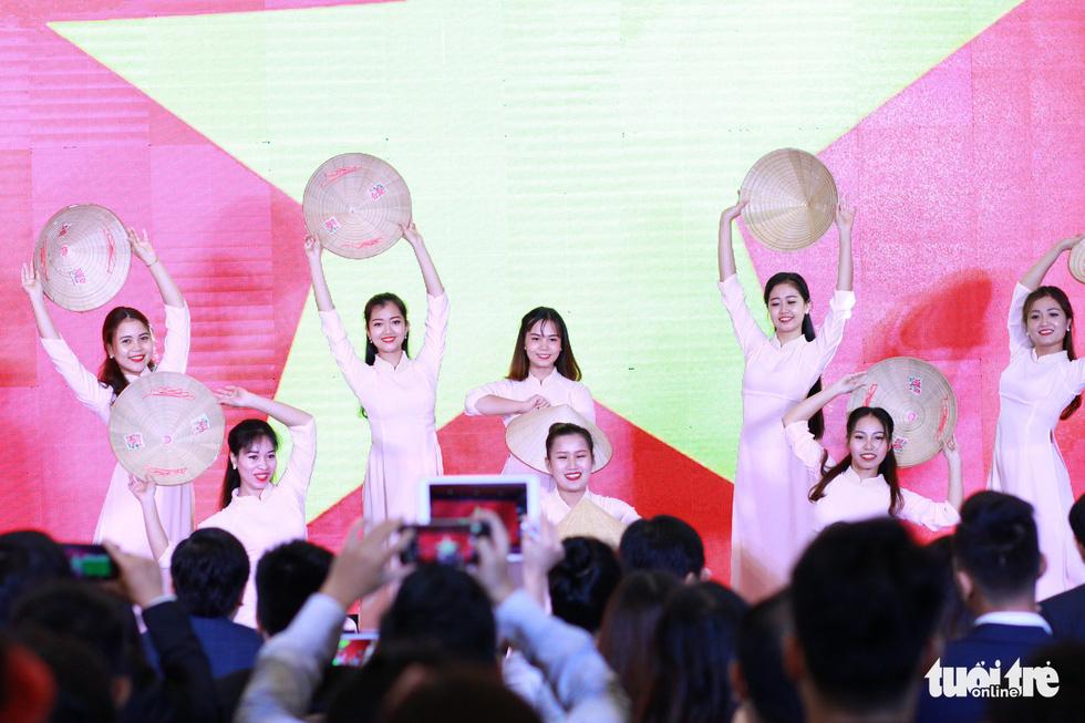 Khai mạc diễn đàn Trí thức trẻ Việt Nam toàn cầu lần thứ I - Ảnh 7.
