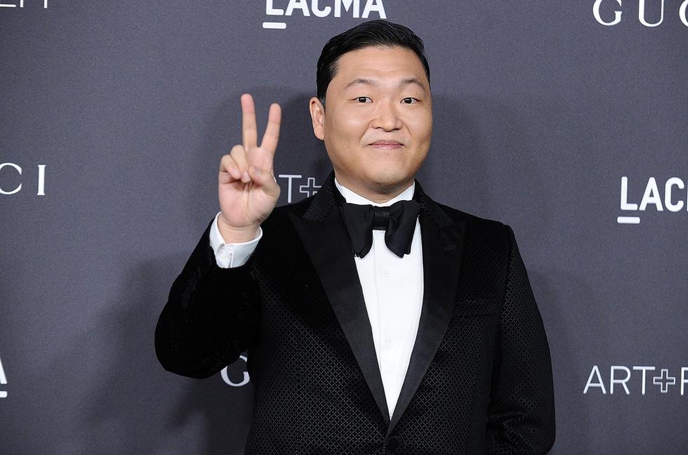 'Chàng béo' Psy đứng đầu top 10 nghệ sĩ giàu nhất K-pop - Ảnh 11.