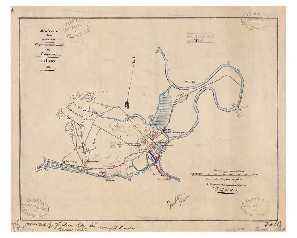 Đến Đường sách xem bản đồ và hình ảnh Sài Gòn xưa - Ảnh 7.