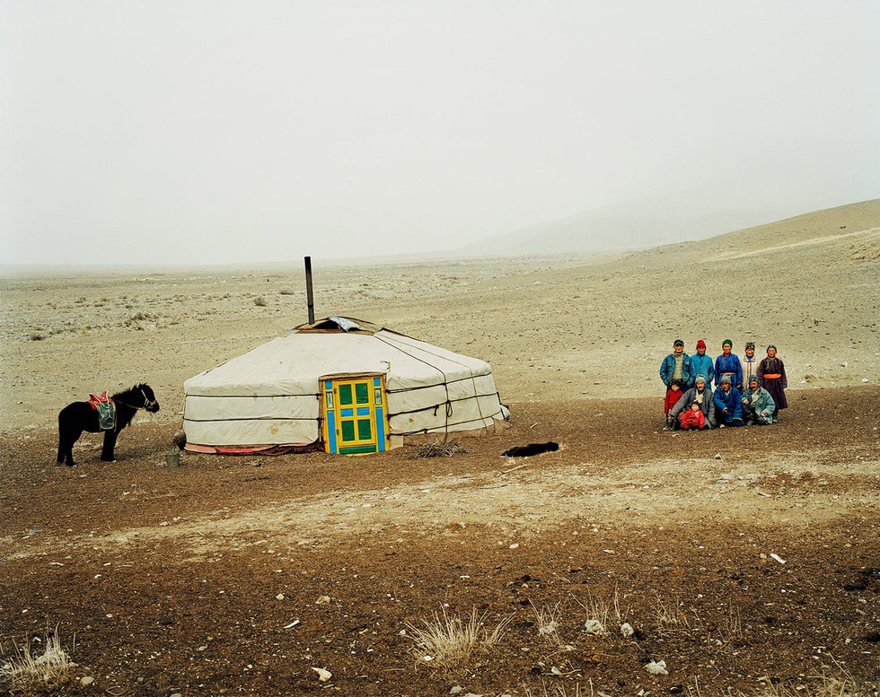Vẻ đẹp tĩnh lặng đáng kinh ngạc trên thảo nguyên Mông Cổ - Ảnh 2.
