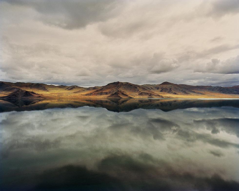 Vẻ đẹp tĩnh lặng đáng kinh ngạc trên thảo nguyên Mông Cổ - Ảnh 1.