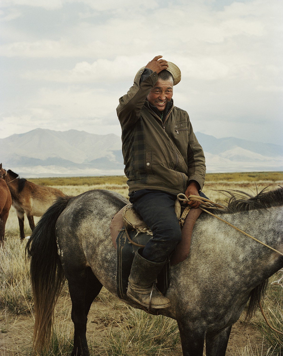Vẻ đẹp tĩnh lặng đáng kinh ngạc trên thảo nguyên Mông Cổ - Ảnh 5.
