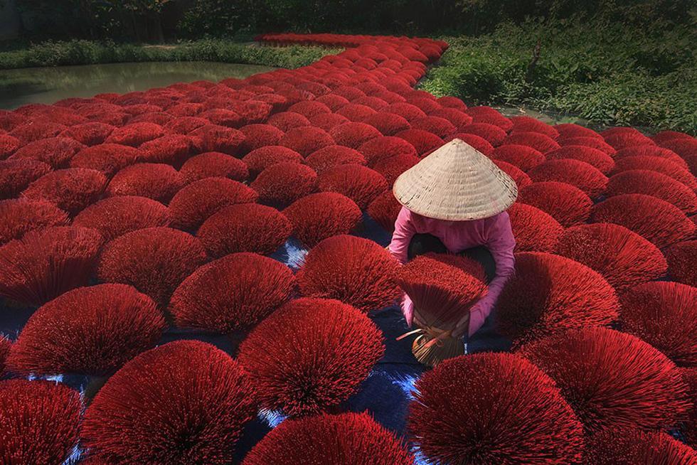 Xem những bức ảnh chạm đến trái tim của cuộc thi ảnh lớn nhất thế giới - Ảnh 1.