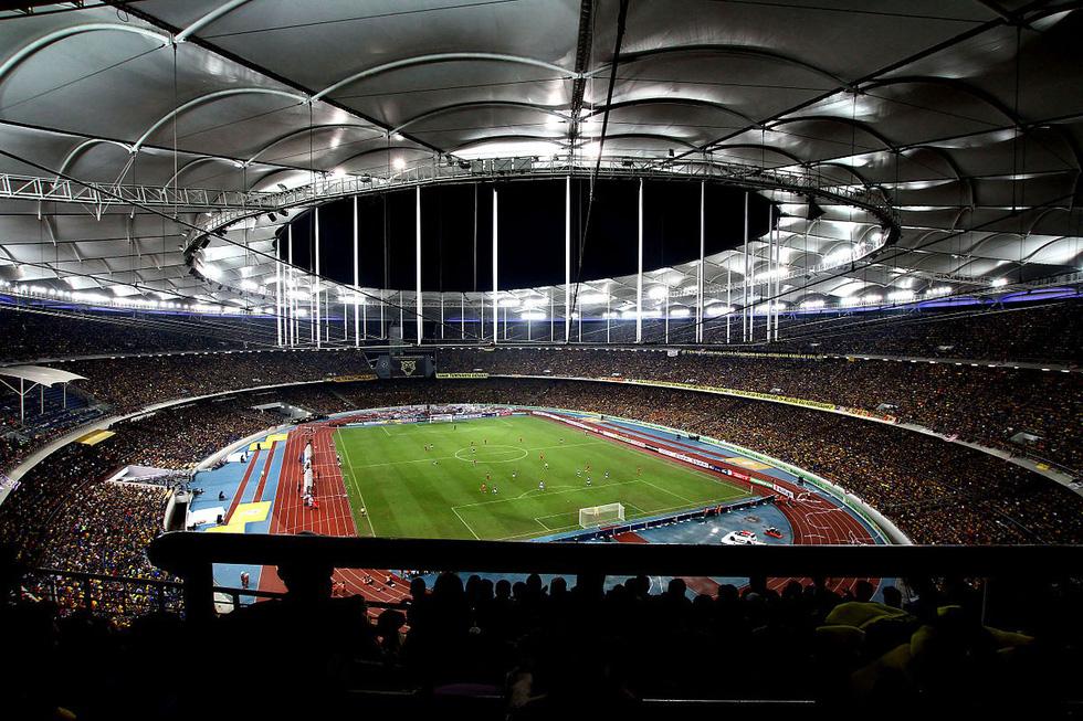 Vẻ đẹp của 12 sân vận động tổ chức AFF Cup 2018 - Ảnh 1.
