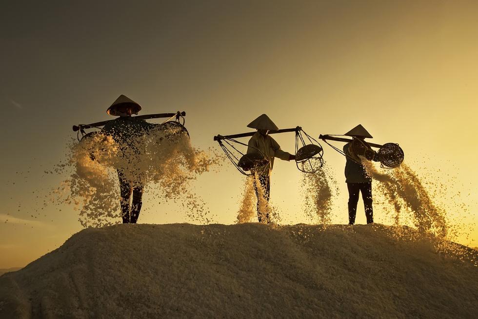 Nữ nhiếp ảnh gia Thổ Nhĩ Kỳ chụp Việt Nam tuyệt đẹp - Ảnh 1.