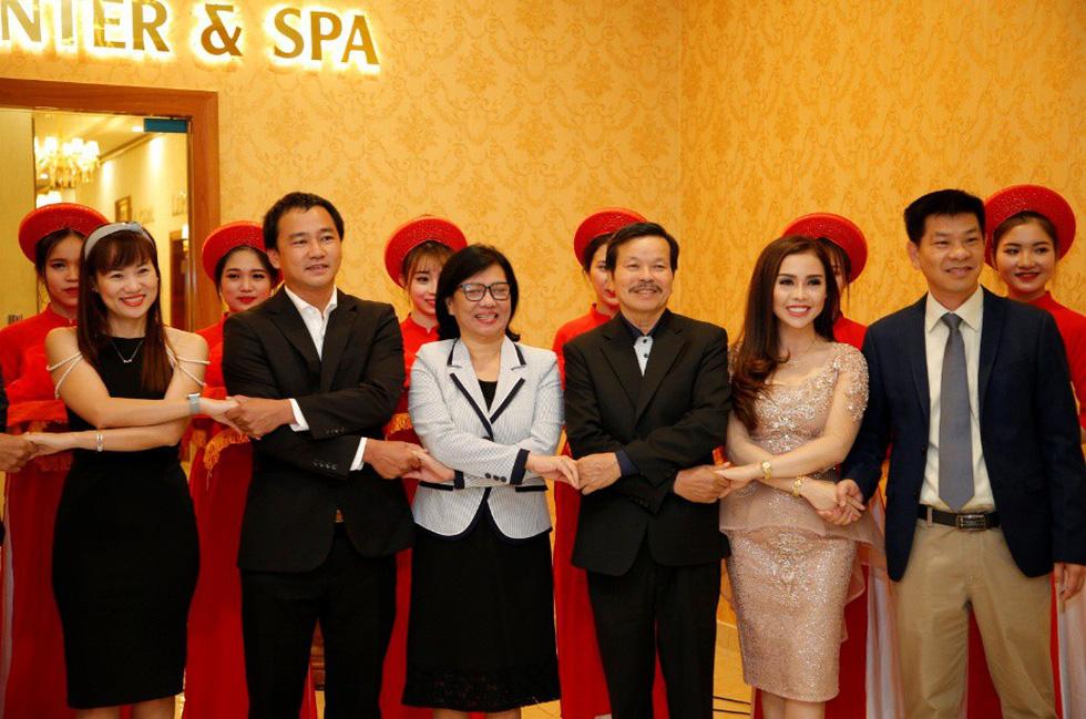 Khách sạn Ladalat đón nhận quyết định công nhận đạt chuẩn 5 sao - Ảnh 6.