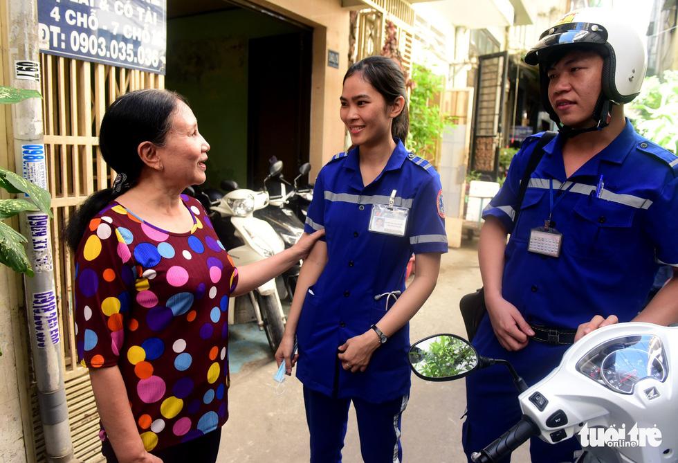 Bệnh nhân đầu tiên được cấp cứu bằng xe hai bánh - Ảnh 8.