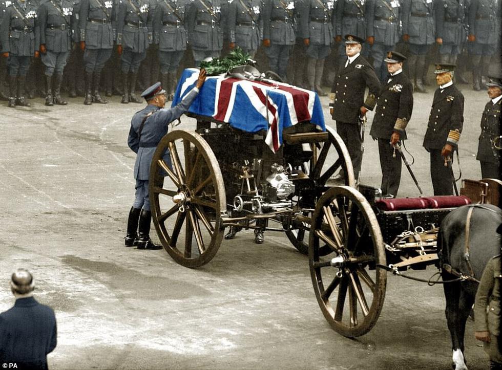 Những bức ảnh hiếm hoi xúc động về Đại chiến thế giới thứ nhất - Ảnh 8.