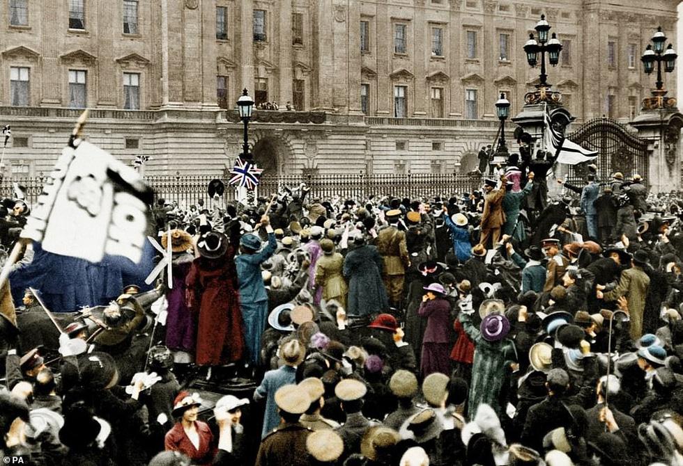 Những bức ảnh hiếm hoi xúc động về Đại chiến thế giới thứ nhất - Ảnh 6.