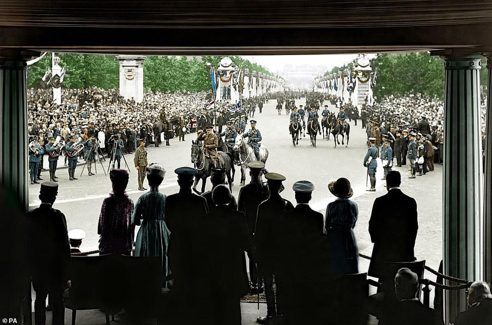 Những bức ảnh hiếm hoi xúc động về Đại chiến thế giới thứ nhất - Ảnh 9.