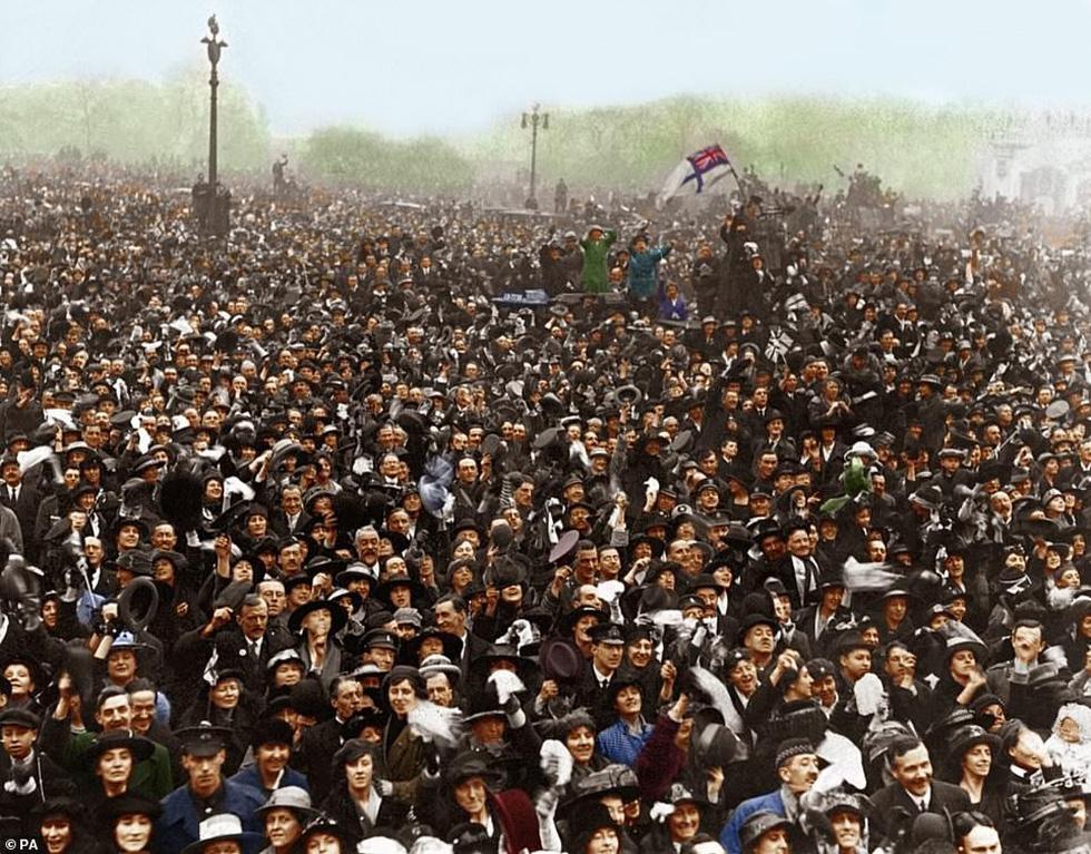Những bức ảnh hiếm hoi xúc động về Đại chiến thế giới thứ nhất - Ảnh 10.