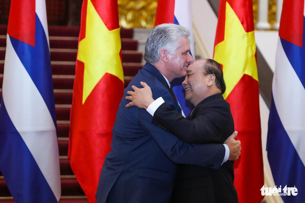 Chùm ảnh Chủ tịch Cuba Miguel Díaz-Canel thăm Việt Nam - Ảnh 10.