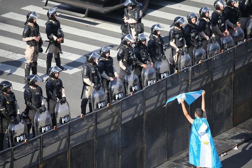 Argentina tốn hơn 40 triệu đô bảo vệ G20 - Ảnh 1.