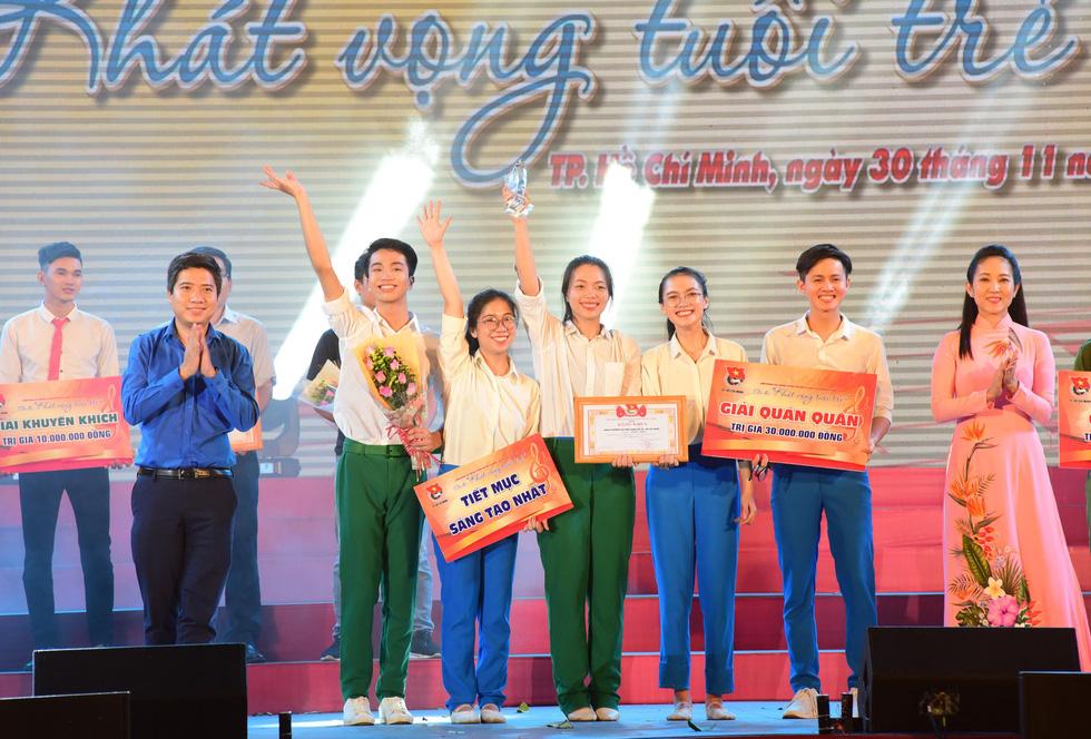 Chung kết liên hoan các nhóm tuyên truyền ca khúc cách mạng - Ảnh 6.