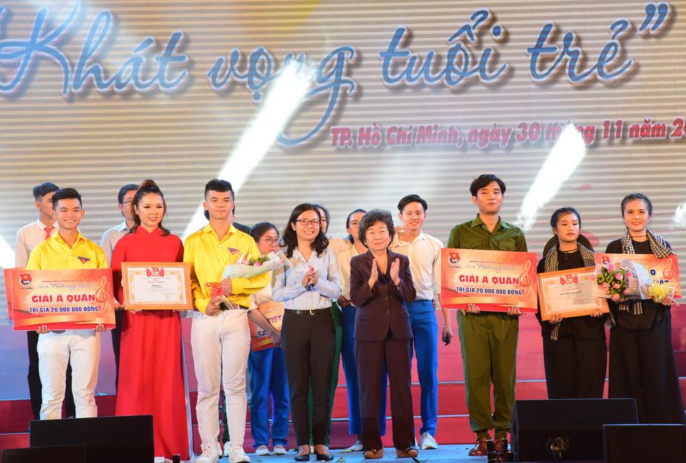 Chung kết liên hoan các nhóm tuyên truyền ca khúc cách mạng - Ảnh 8.