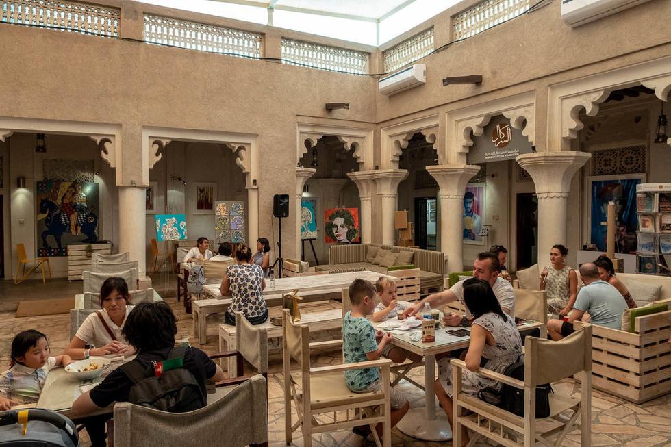 Đến 'thành phố vàng' Dubai, du khách thích selfie ở đâu? - Ảnh 18.