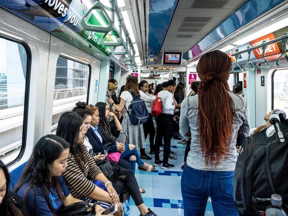 Đến 'thành phố vàng' Dubai, du khách thích selfie ở đâu? - Ảnh 3.